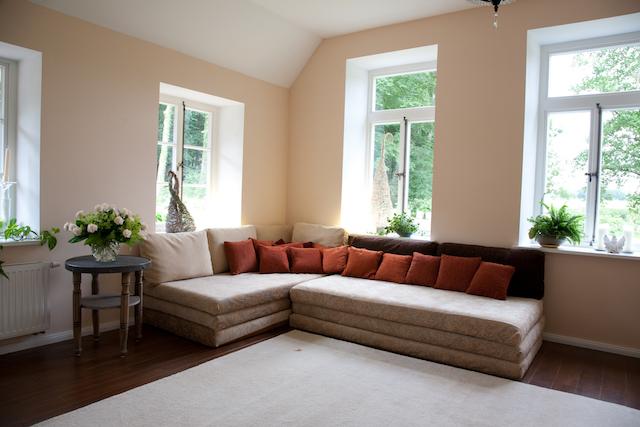 IMG_6844_gut_klein_sofa